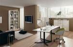 Уютный рабочий кабинет дома