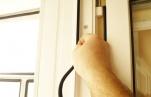 По каким принципам проводится холодное и теплое остекление окон, балконов и лоджий?
